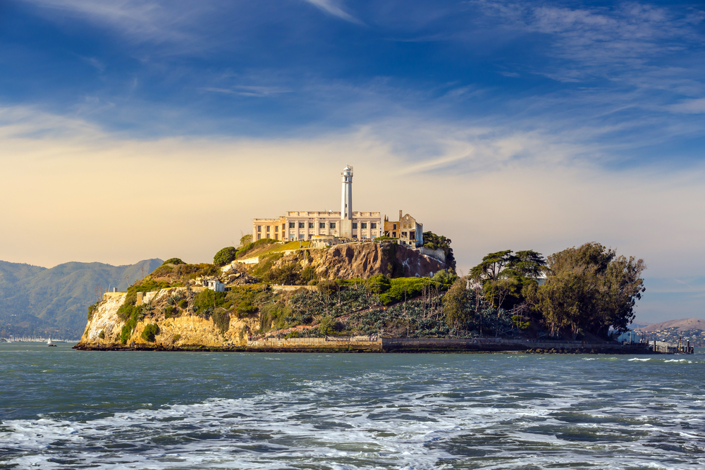 the man who sold the eiffel tower twice ended up in Alcatraz